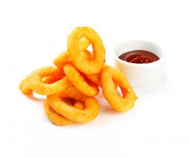 Луковые кольца с соусом чили