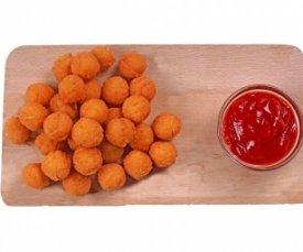 картофельные шарики с томатным соусом